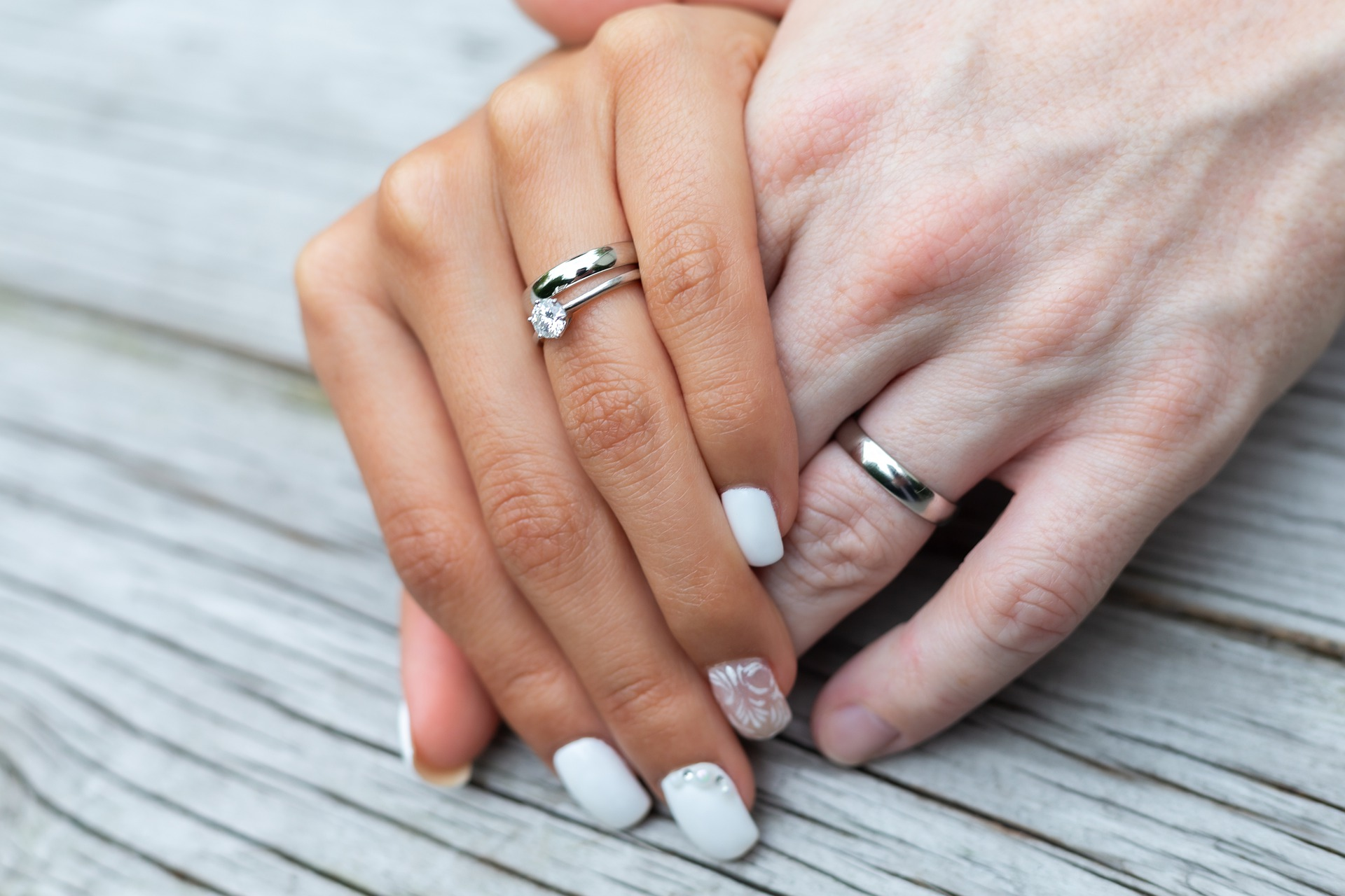 Shopping Tips to Help You Find the Perfect Wedding Engagement Platinum Ring